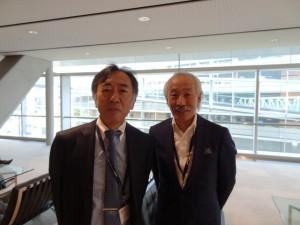 写真右:林 揚春先生