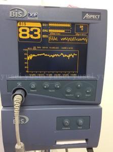Brillia City横浜磯子友生歯科医院の手術室で静脈内鎮静法を用いてサイナスリフトを行った症例04